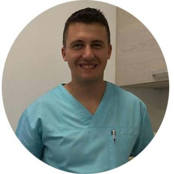 dentist dr. Marcoci Andrei