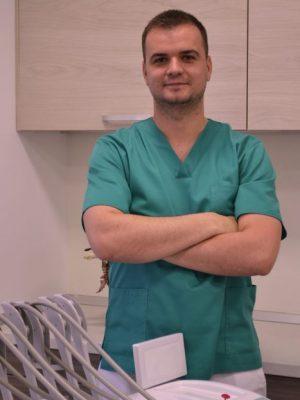 dr. Eorvos Zoltan dentist